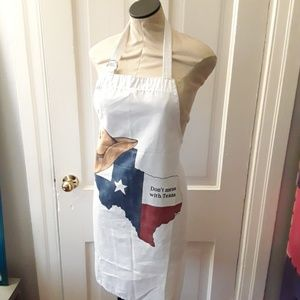 Accessories - Don't Mess with Texas white apron